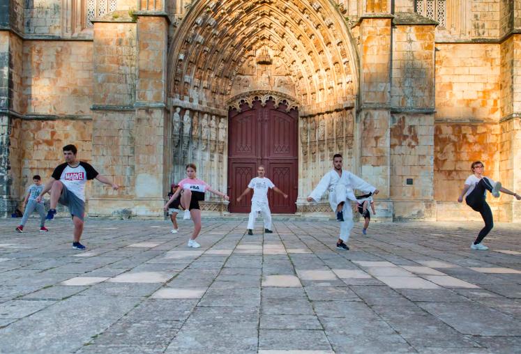 A Reinvenção dos Dias, por José Luís Jorge, retrata o confinamento e os primeiros dias de liberdade no Mosteiro da Batalha