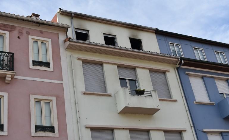 incendio-no-centro-de-leiria-leva-mulher-ao-hospital-por-inalacao-de-fumo-7746