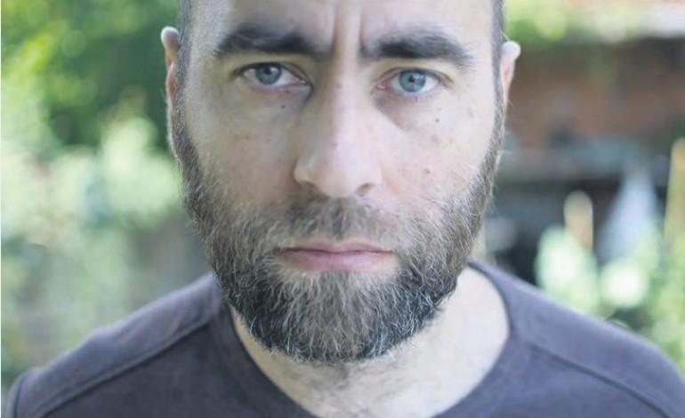 antonio-gregorio-escritor-o-mundo-e-mais-complexo-do-que-um-jogo-de-pingue-pongue-mal-jogado