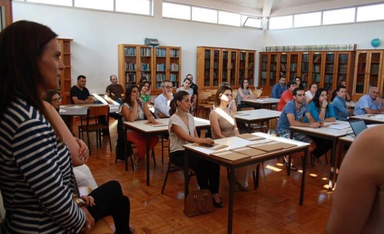 alunos-do-1o-ciclo-do-instituto-educativo-do-juncal-aprendem-ciencias-em-ingles-4722