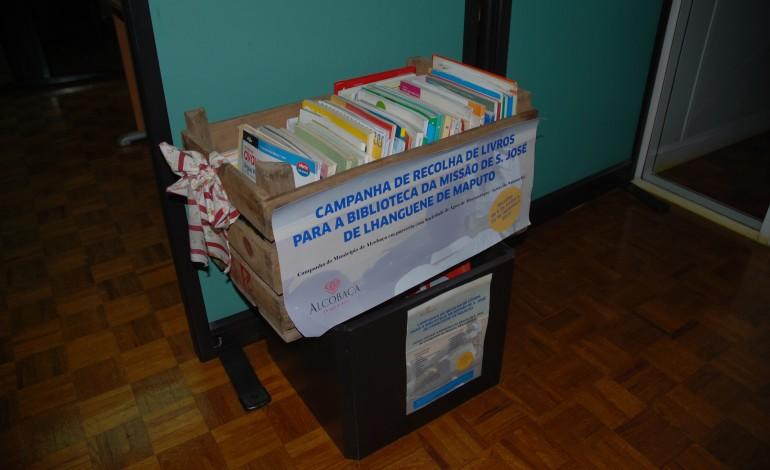 alcobaca-envia-mais-de-25-mil-livros-para-mocambique-3186