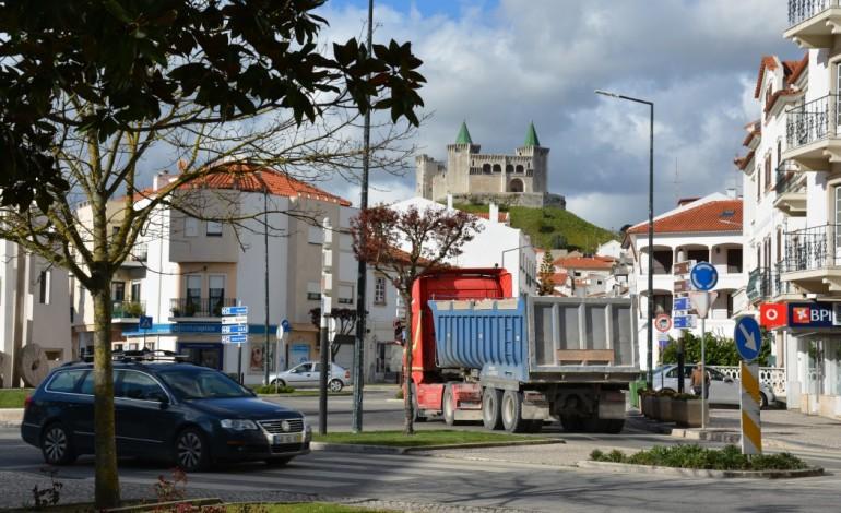 moradores-de-porto-de-mos-querem-camioes-fora-do-centro-do-vila-6142