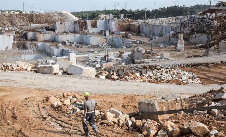 exportacoes-de-rochas-ornamentais-do-distrito-crescem-mais-de-23-10066