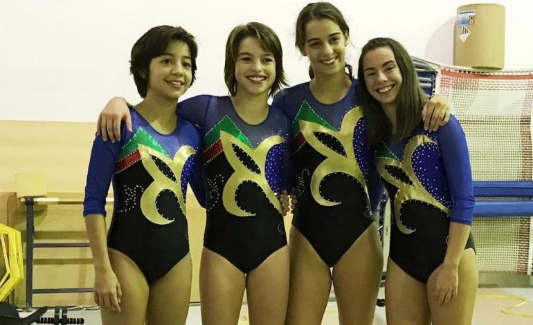 ginastas-vao-ao-mundial-com-fato-desenhado-por-mae-de-colega-9478