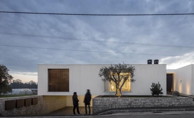 casa-dos-claros-em-leiria-na-final-dos-oscares-da-arquitectura-5800