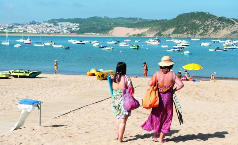 ferias-maioria-dos-portugueses-ainda-vai-para-fora-ca-dentro-4804