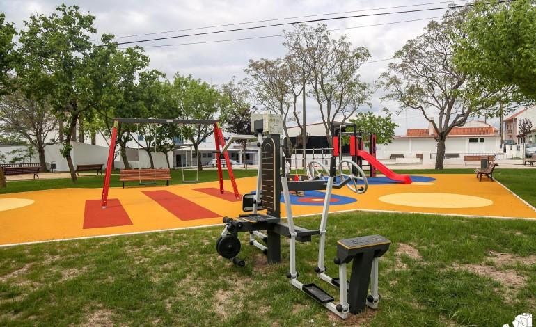 nazare-requalifica-parque-infantil-em-fanhais