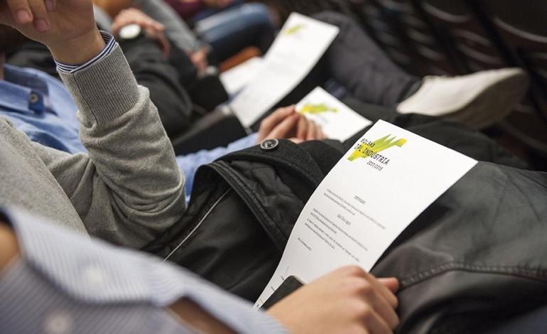 empresarios-apoiam-48-estudantes-do-politecnico-com-bolsas-de-estudo