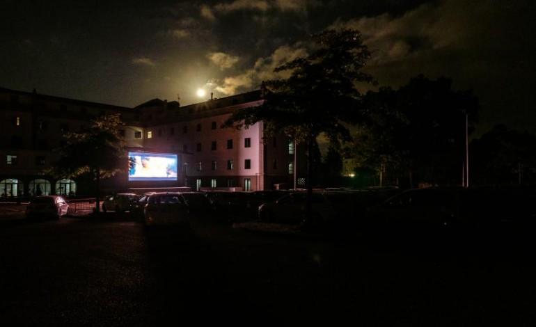 cinema-em-modo-drive-in-esta-de-volta-a-fatima