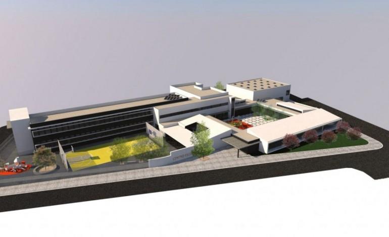abertura-do-centro-escolar-de-pombal-adiada-para-segunda-feira-7135