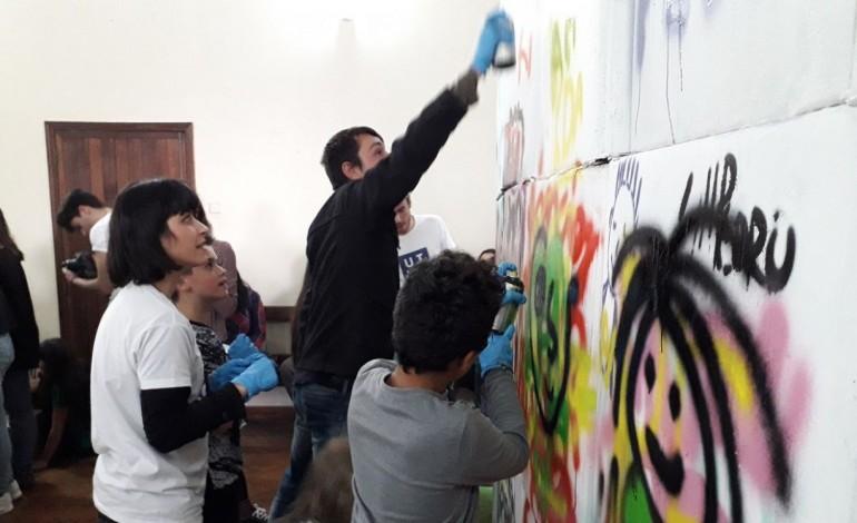 criancas-e-jovens-da-quinta-do-alcada-vao-produzir-arte-para-derrubar-barreiras-sociais-9918