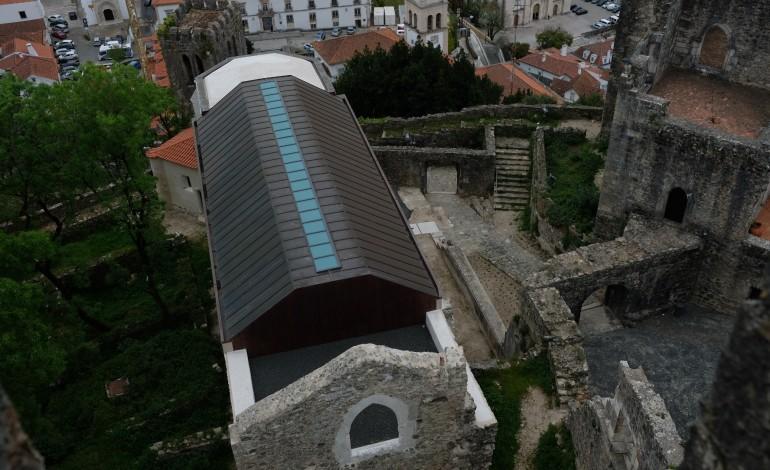 as-primeiras-imagens-da-igreja-da-pena-e-do-castelo-de-leiria-depois-das-obras