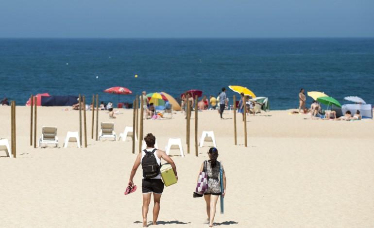 acesso-a-praias-disponivel-para-pratica-de-desportos-nauticos-na-segunda-feira