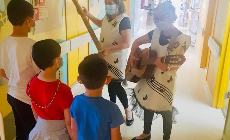 Pequenos utentes do Hospital de Santo André foram ao fundo do mar sem sair do sítio