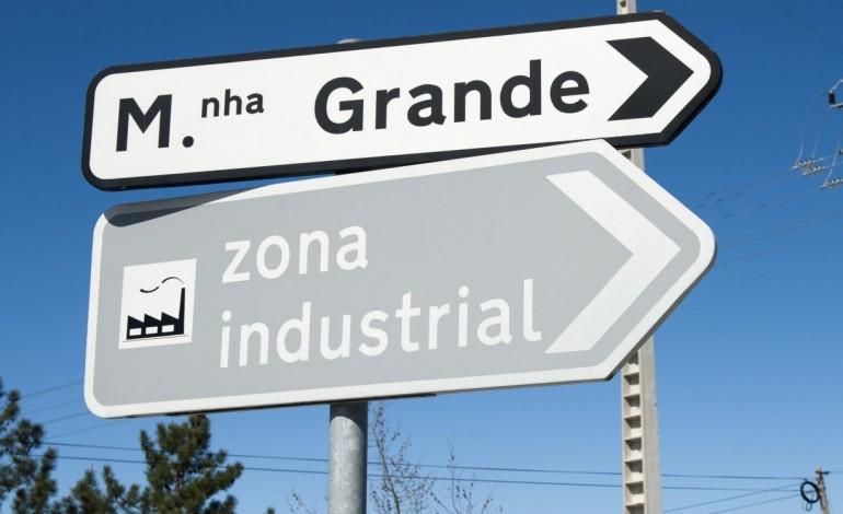 oposicao-defende-acessos-para-empresas-a-zona-industrial-da-marinha-pagos-pela-camara-8984