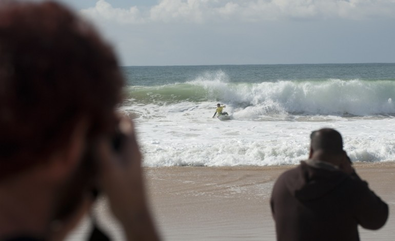 peniche-mantem-penultima-etapa-do-circuito-mundial-de-surf-em-2018-7650