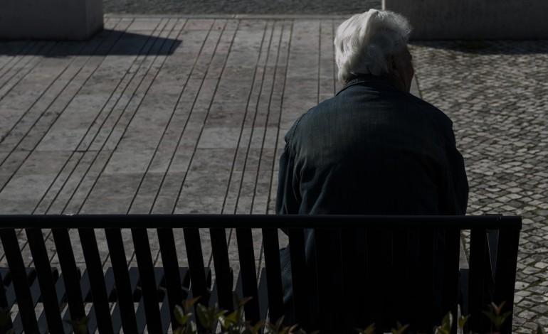 a-bracos-disponibiliza-resposta-personalizada-aos-mais-velhos