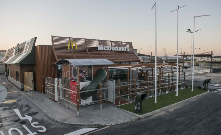 abriu-restaurante-mcdonalds-no-lis-shopping