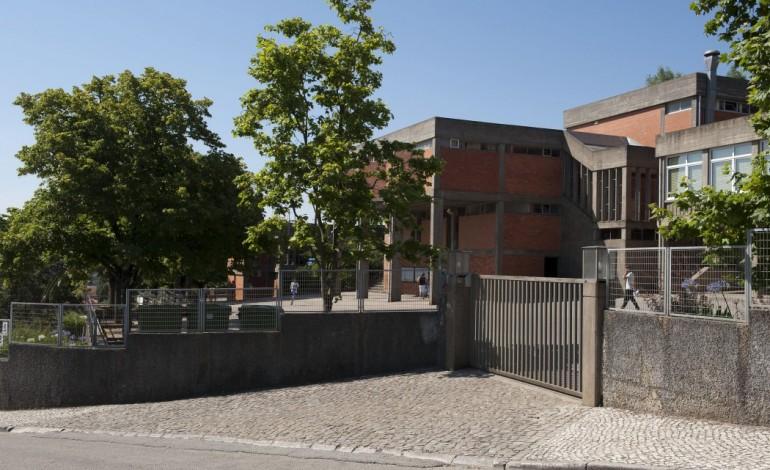 professores-acusam-director-do-colegio-de-sao-miguel-de-perseguicao-5451