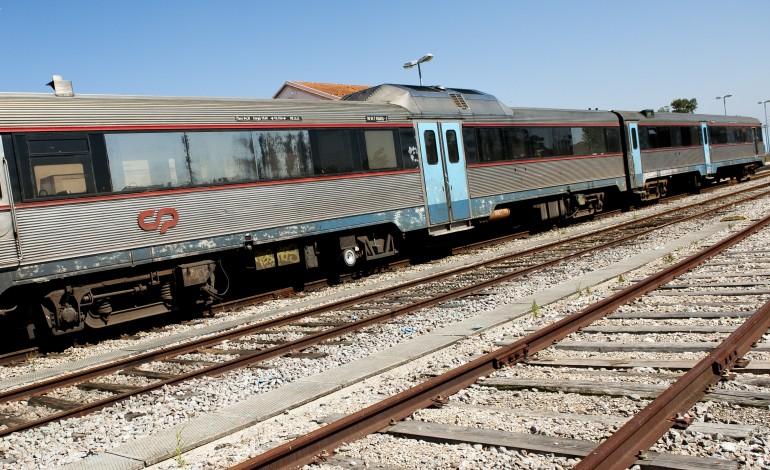 comboio-embateu-contra-arvore-sem-causar-vitimas-em-pombal-2764