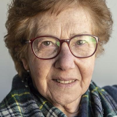 Graça Sampaio , professora