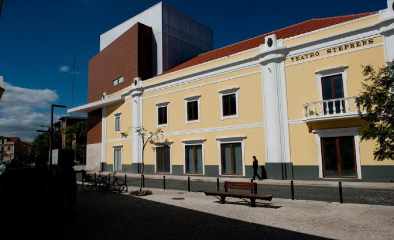 cinema-na-casa-da-cultura-tem-quatro-ou-cinco-pessoas-por-sessao-4692
