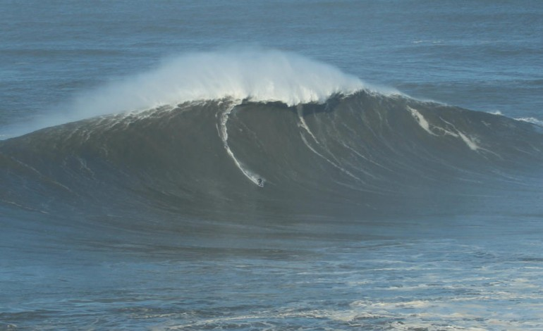 tres-ondas-surfadas-na-nazare-nomeadas-para-a-maior-do-ano-3484
