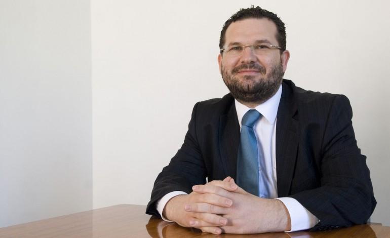 adelino-mendes-na-mira-da-policia-judiciaria-10229