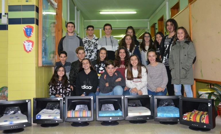alunos-da-carreira-reciclam-computadores-para-dar-abrigo-a-gatos-9566