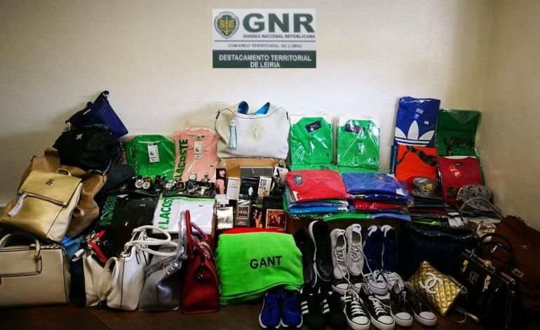 gnr-apreende-10-mil-euros-em-artigos-contrafeitos-na-praia-do-pedrogao-6911