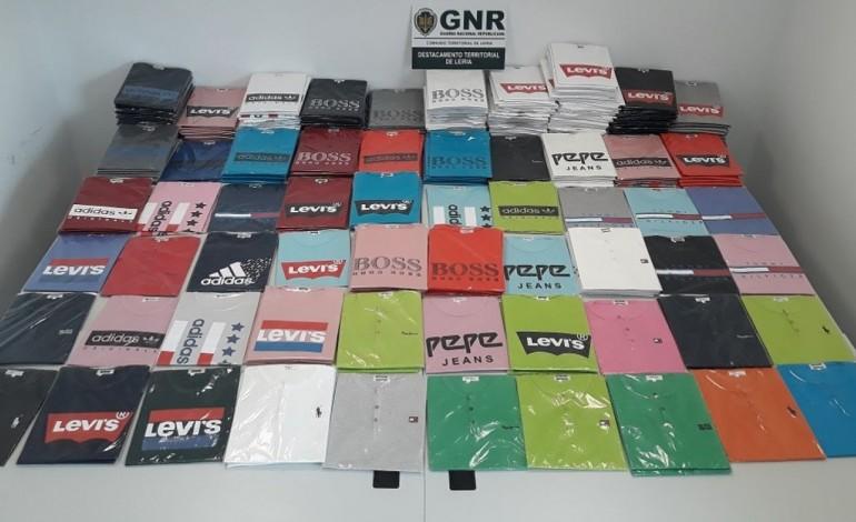 400-artigos-contrafeitos-apreendidos-pela-gnr-de-porto-de-mos-8725