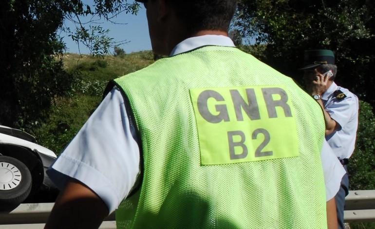 colisao-de-autocarro-de-passageiros-provoca-quatro-feridos-2252
