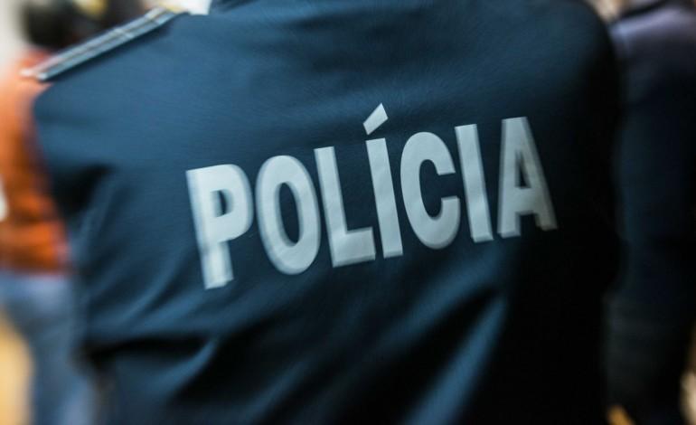 jovens-detidos-por-roubos-com-arma-branca-em-pombal-9034