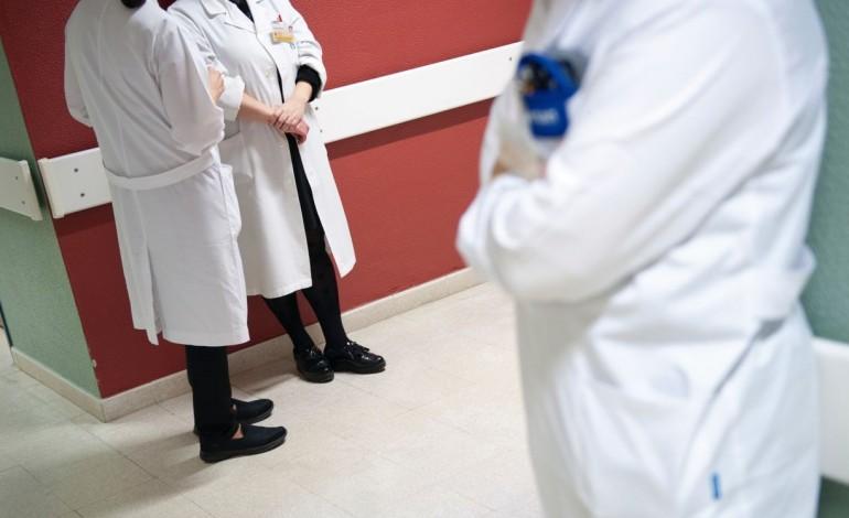 centro-hospitalar-de-leiria-pediu-71-medicos-mas-so-recebeu-18-8261