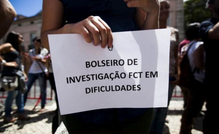 candidatos-a-bolsas-de-investigacao-protestam-hoje-em-lisboa-contra-atrasos-5439