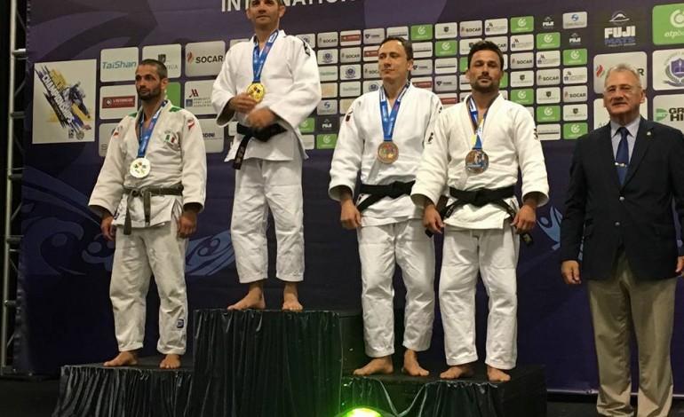 judo-eric-domingues-volta-a-subir-ao-podio-num-mundial-de-veteranos-5435