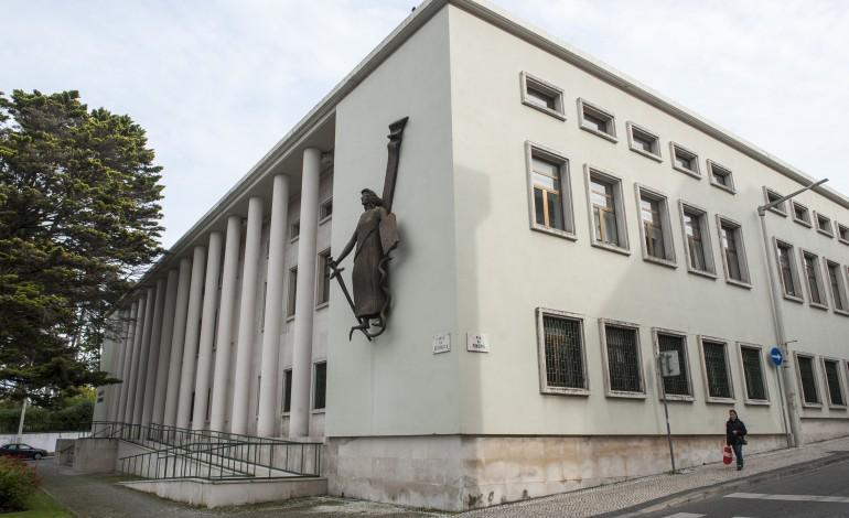 tribunal-de-leiria-condena-tres-pessoas-por-burla-qualificada-de-quase-um-milhao-de-euros-7921