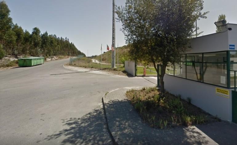 lixo-de-italia-vem-para-a-resilei-em-leiria-dizem-moradores-do-picheleiro