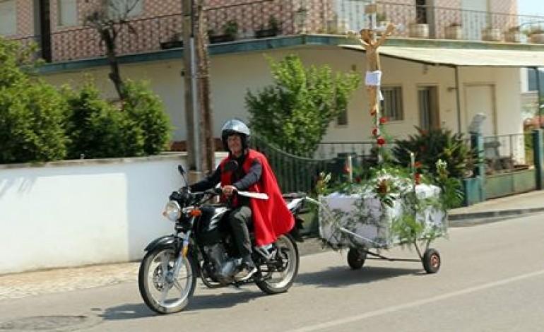 Cortejo percorreu principais ruas das paróquias