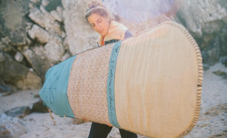 fatos-antigos-de-surf-sao-agora-pantufas-e-capas-de-pranchas