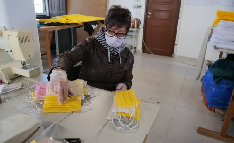 leiria-pede-voluntarios-para-fazer-mascaras