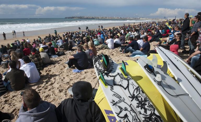 circuito-mundial-de-surf-cancelado-peniche-vai-receber-prova-de-exibicao