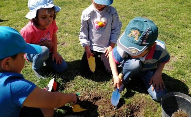 brincar-de-rua-recebe-premio-fundacao-das-criancas-da-uefa-2020