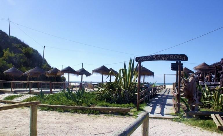 old-beach-na-praia-velha-e-um-dos-10-melhores-bares-de-praia-para-o-guardian-6980