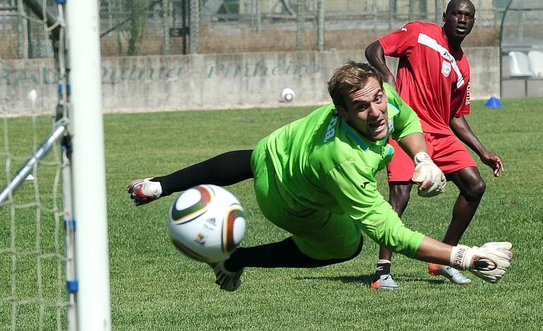 futebol-sporting-quer-mika-2920