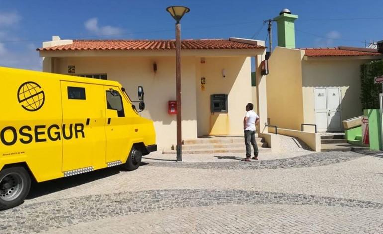 praia-da-vieira-ja-tem-multibanco-a-funcionar-8939