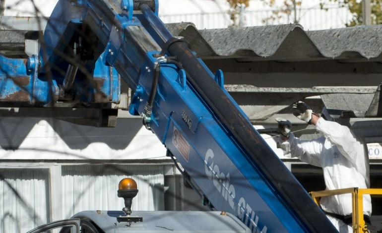 privados-vao-ter-apoio-para-remover-amianto-de-edificios-9725