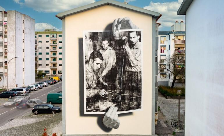 o-que-acha-do-mais-recente-mural-de-arte-publica-da-marinha-grande-chama-se-clarao