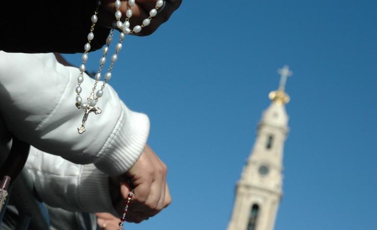 celebracoes-presenciais-regressam-sabado-na-basilica-da-santissima-trindade-e-no-recinto-de-oracao