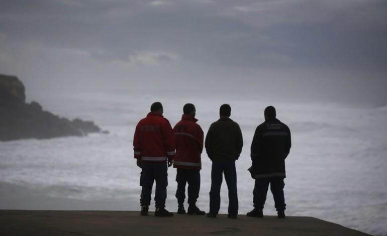 naufragio-ao-largo-da-figueira-vitima-tres-pescadores-de-peniche-7717